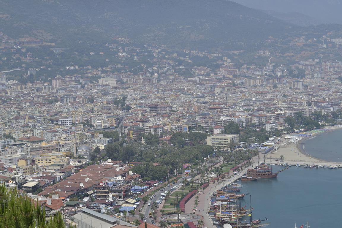 Вид на город Алания