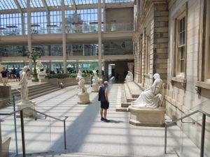 Экспозиция Метрополитен музея