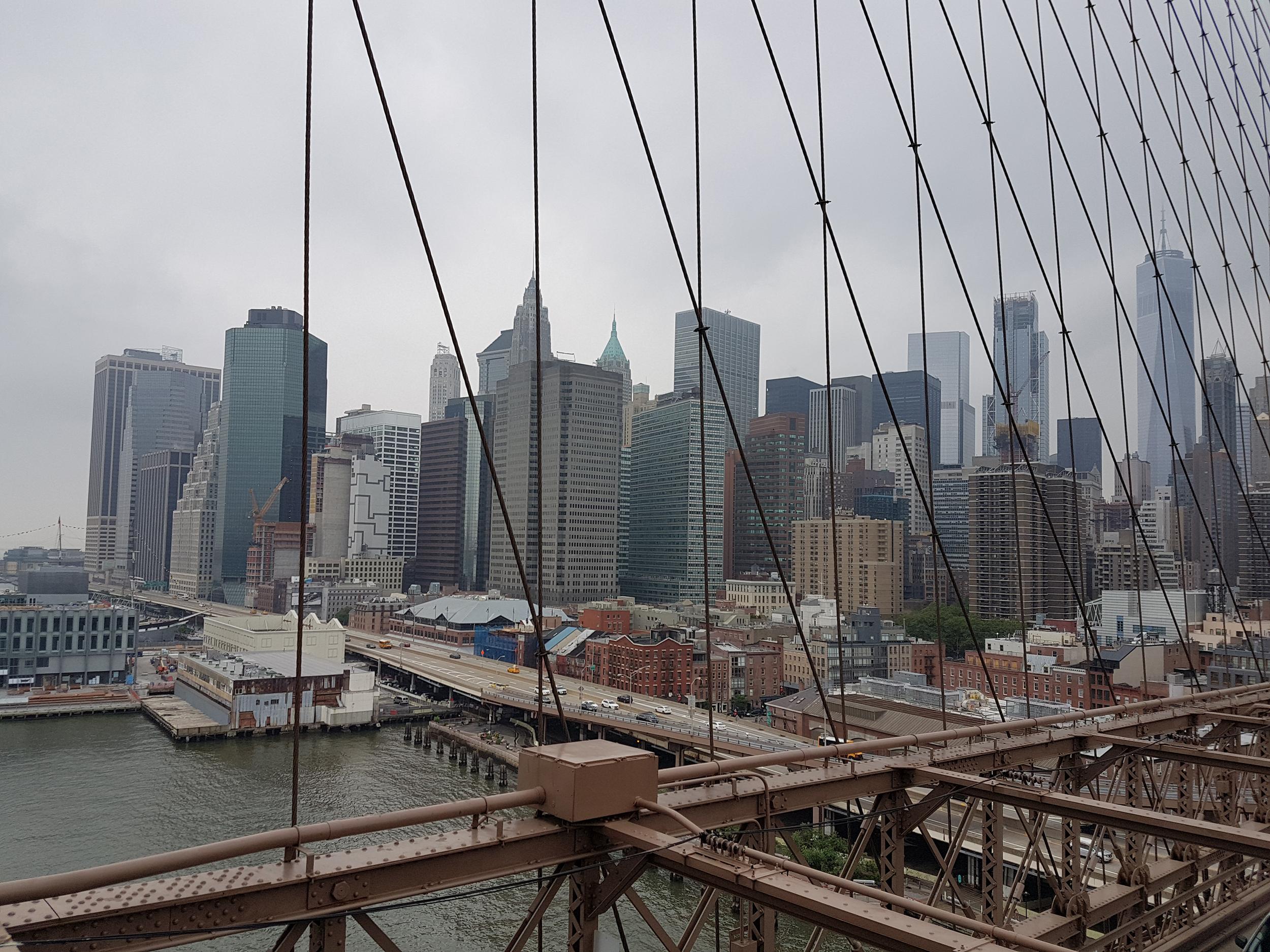 Вид на Манхэттэн с Бруклинского моста