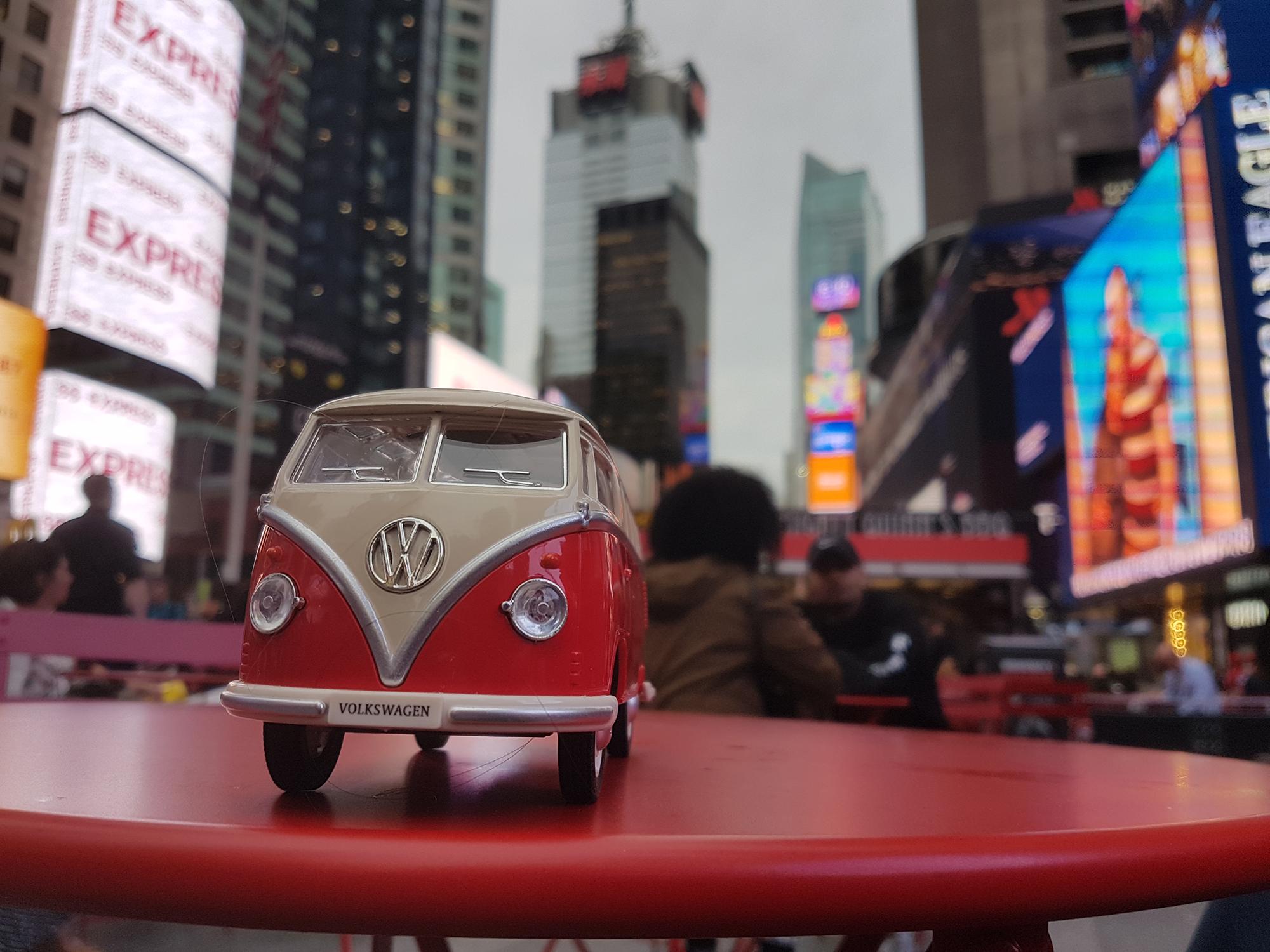 Volkswagen T1 на Таймс Сквер