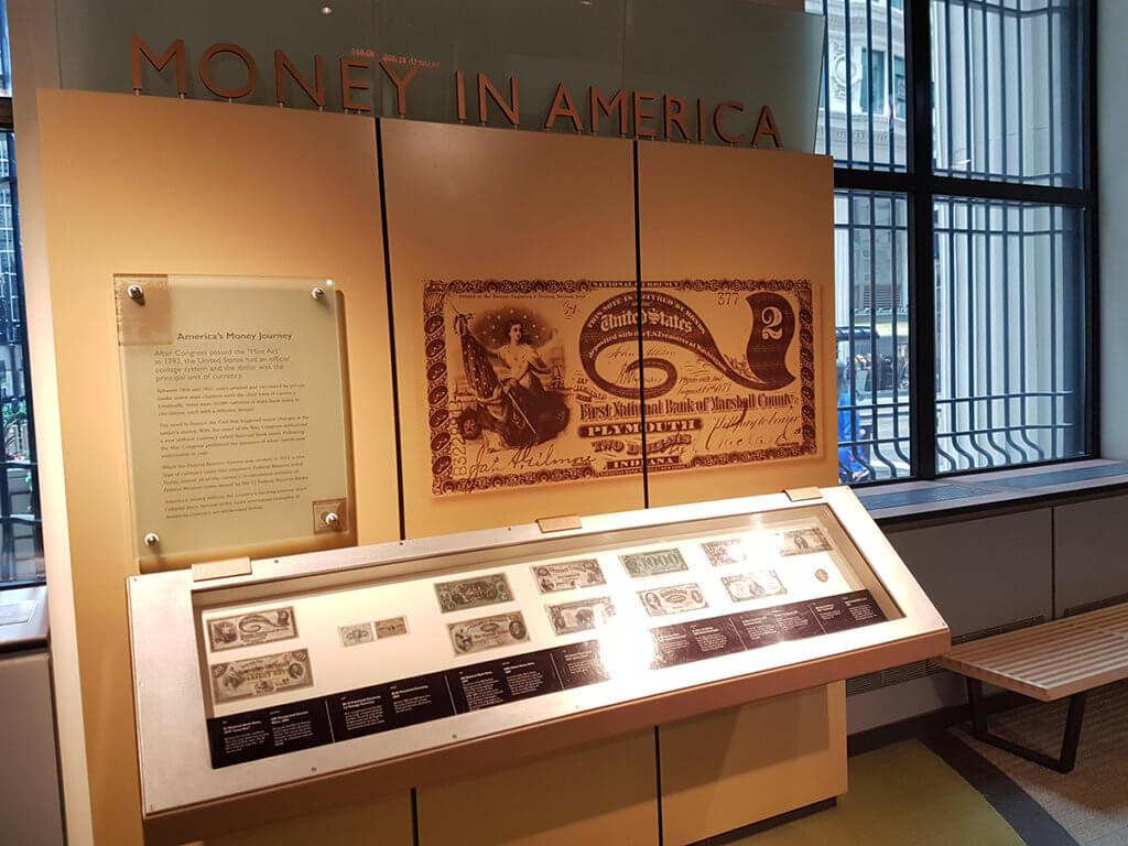 История денег. Первые банкноты.