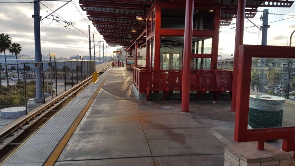 Aviation / LAX Station