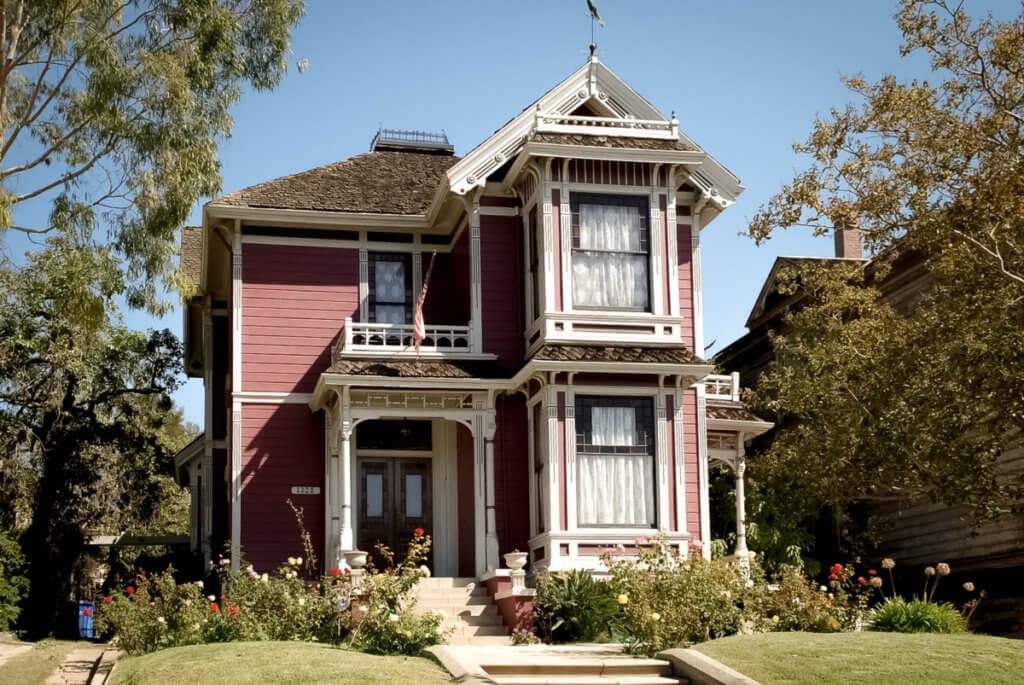 Дом Зачарованных